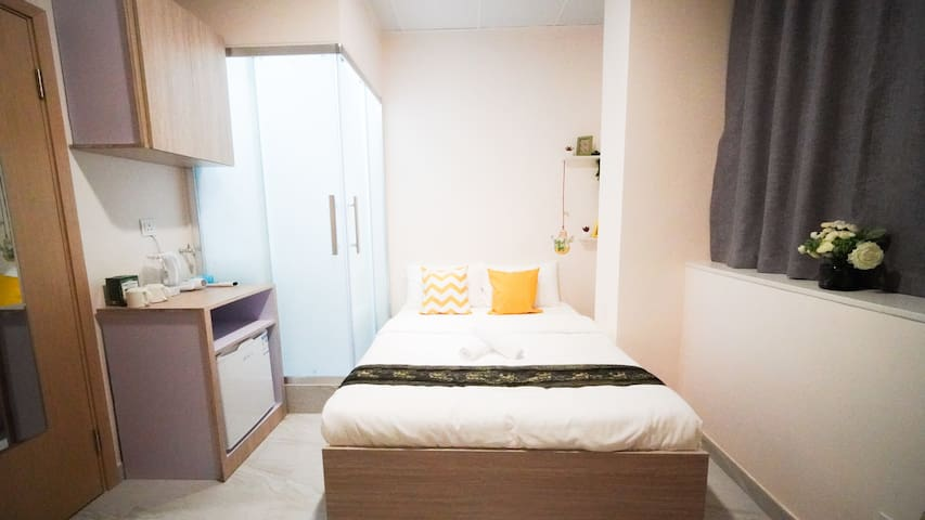 BEST location!TIMESQUARE - private bathroom | WIFI