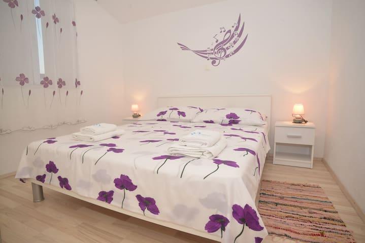 Barić-Standard One bedroom Apt with Balcony 3