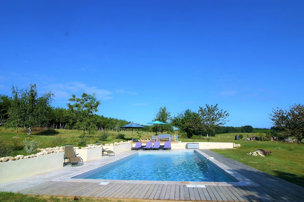 10m X 5m Pool a real sun trap.