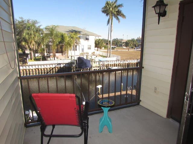 RARE FIND!!! ON WATER Tarpon Springs Condominium