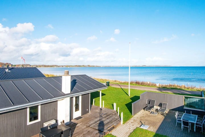 Gorgeous Holiday Home in Sjolund near Sea