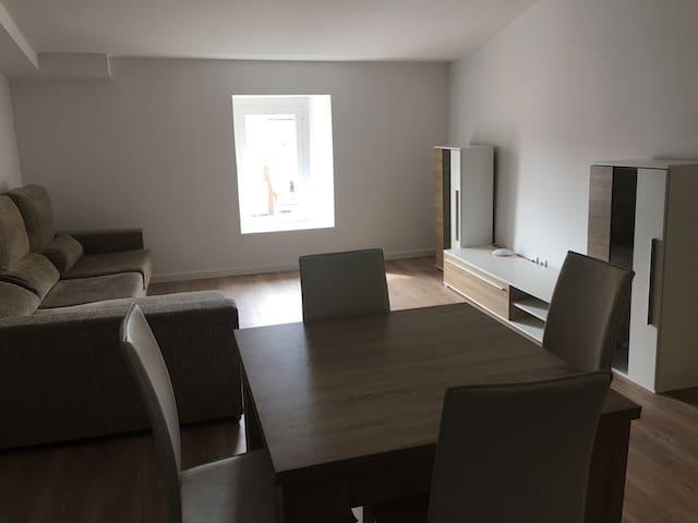 Alquiler Habitación Esparreguera, piso reformado. - Esparreguera