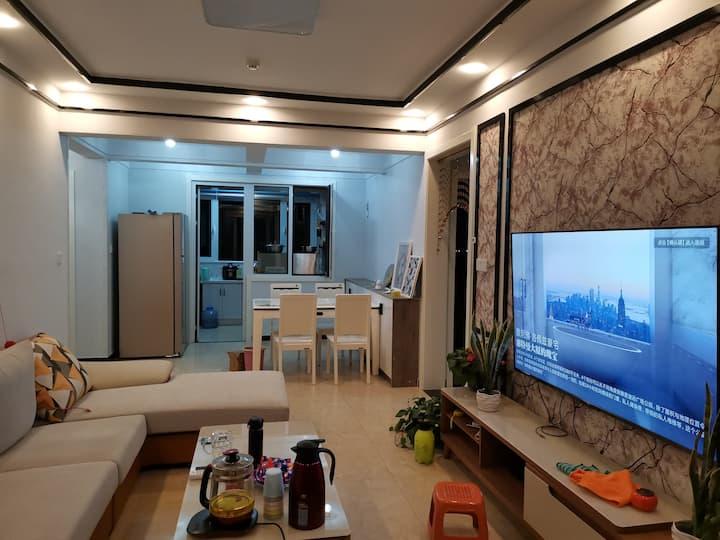 【梦一场民宿】泰安高铁附近  独立卧室 (非整套)集体供暖 设施齐全 可做饭
