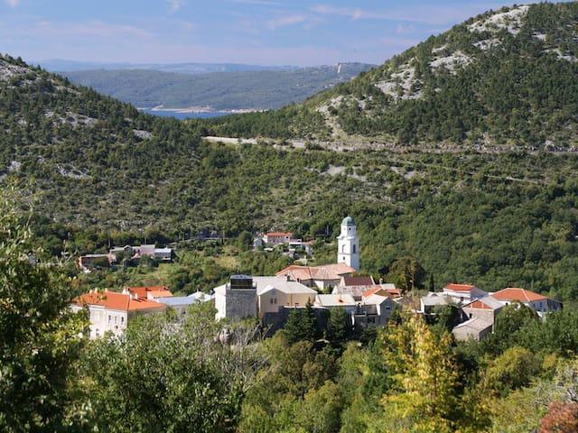 Romantic holiday home - Bribir - Casa
