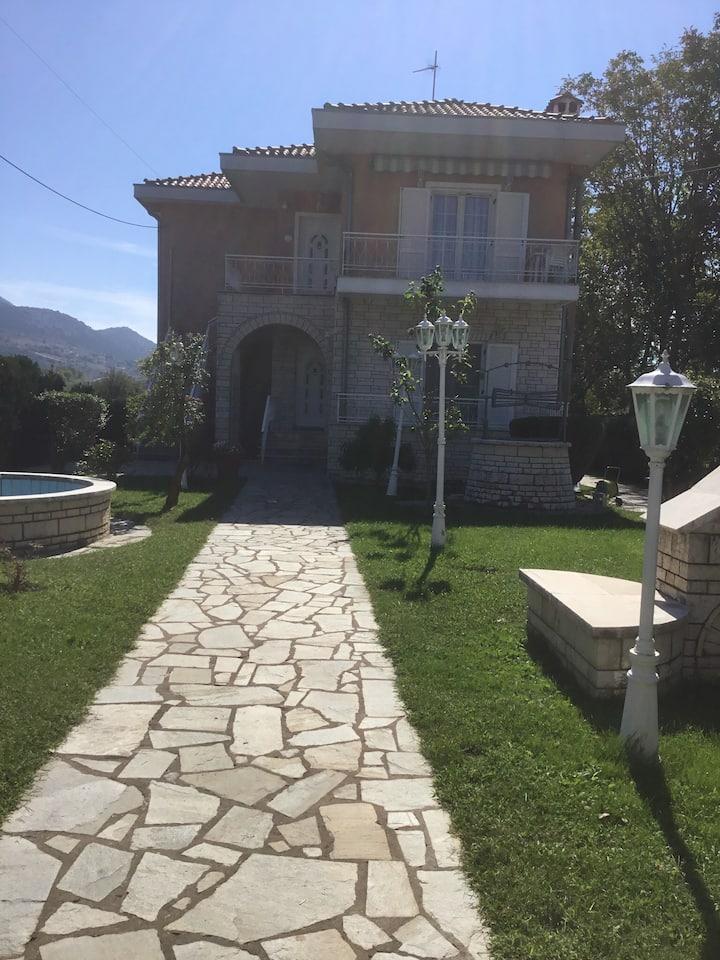 Villa Elena, ein großzügiges Haus!