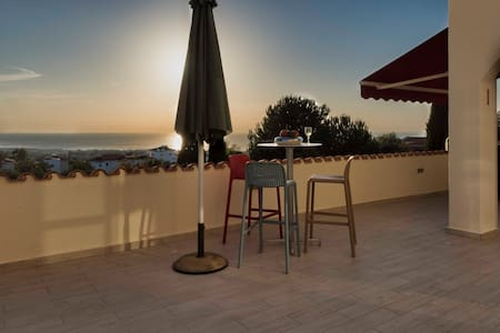 Sunrise and sunset terrace with sea view - Tala