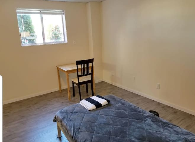 Spacious and Clean Room by Metrotown