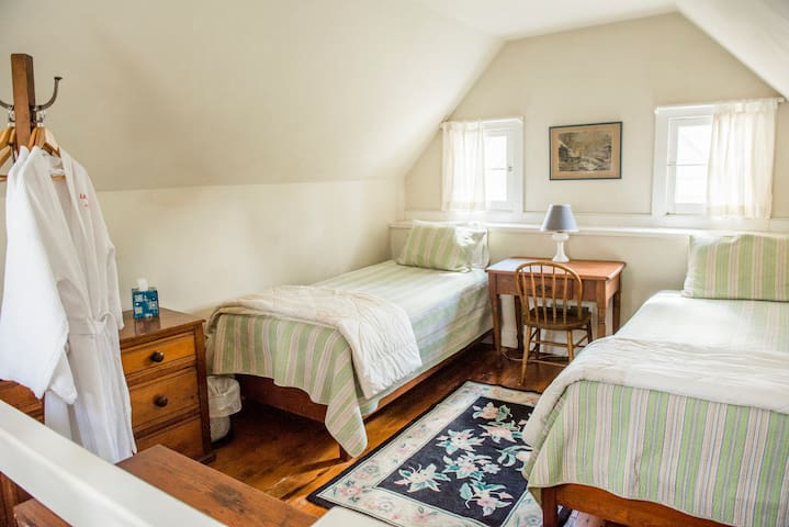 Two twin beds upstairs