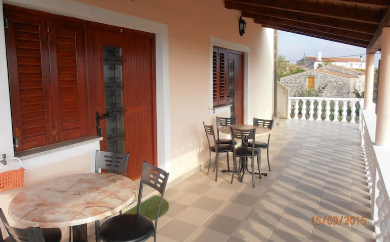 Pillar Apartments - one bedroom apartment (2)