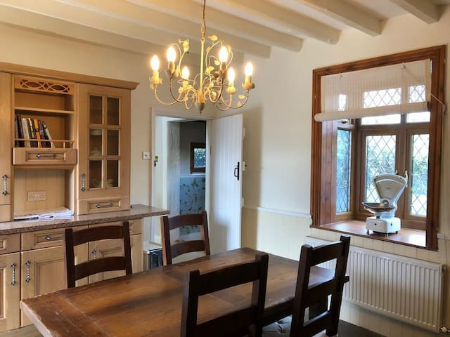 Briar Cottage with woodburning stove and beams