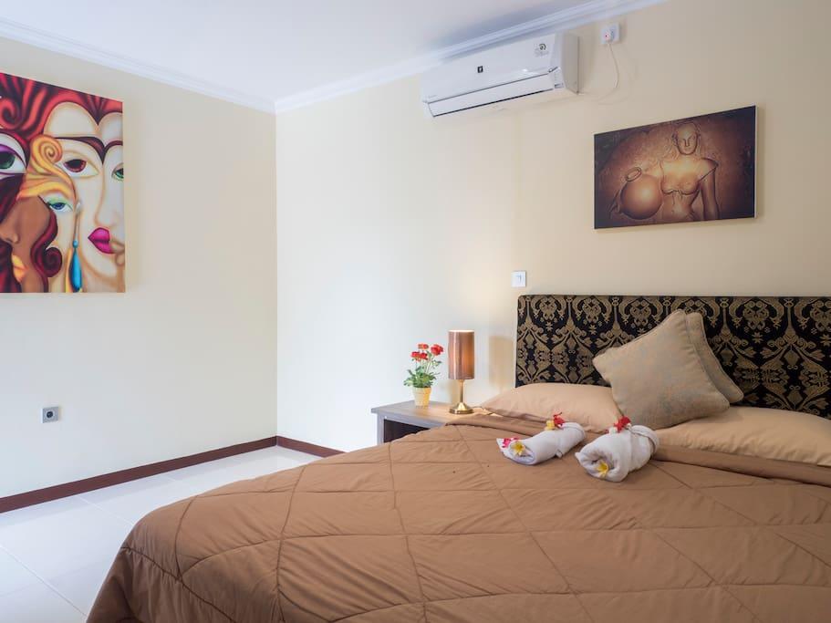 Double Bed Room Sepatu
