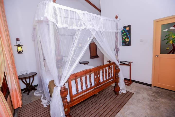 Dandelion - Palitha Guest House (Standard Room)