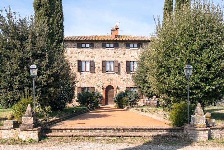 Villa Chiccheio, camera con bagno privato.
