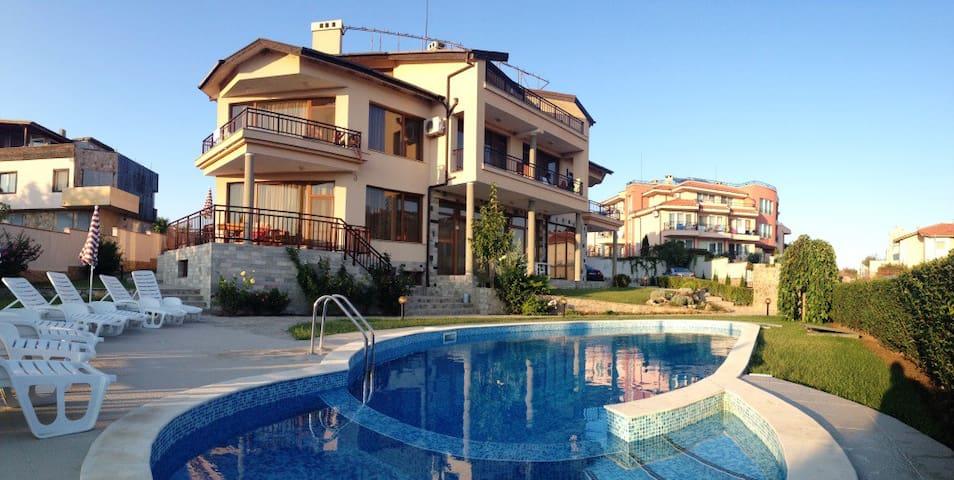 Studio in family hotel Dreams - Sozopol - Villa