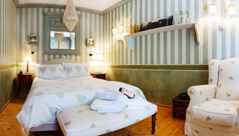 Anerada's green apartment - Megalo Chorio - Apartemen