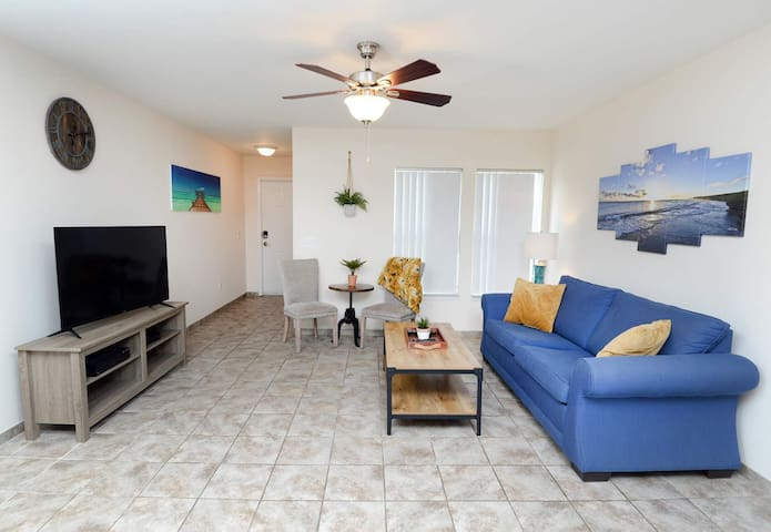 NEW 4BR/3BA in center of PCB! Close to beach!