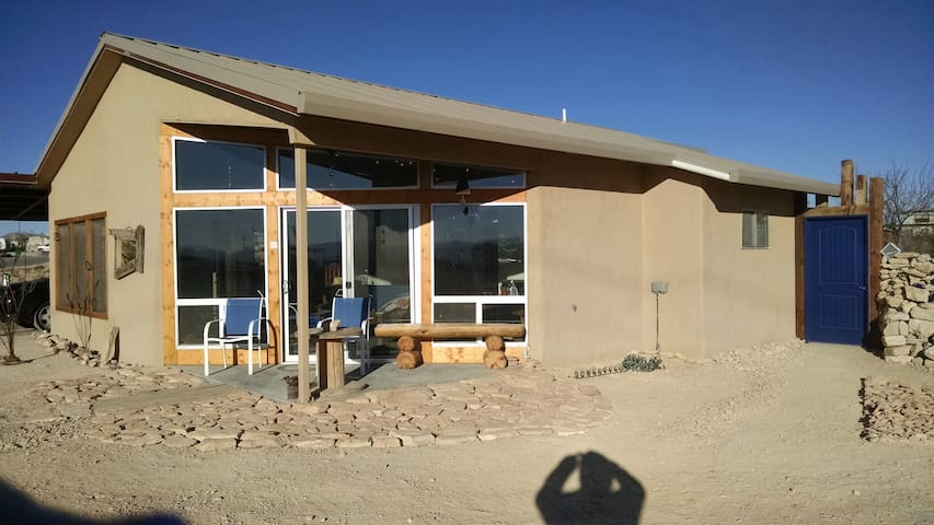 The Miller Lite House - Terlingua - Casa