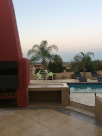 Rantsho Lifestyle Guesthouse - Mogwase - Guesthouse