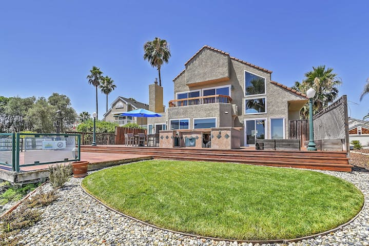 Waterfront Discovery Bay Home w/Outdoor Bar & Dock