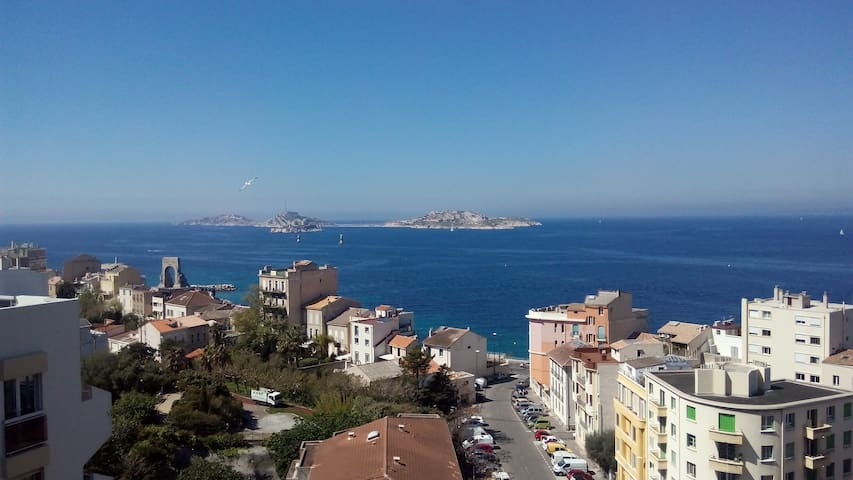 New House! Waterfront Beautiful Views - Marseille - House