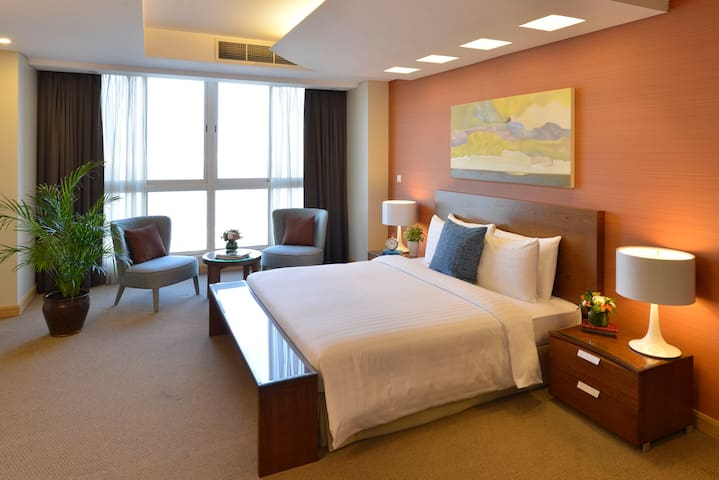 Somerset Al Fatah Bahrain, 2 Bedroom Penthouse