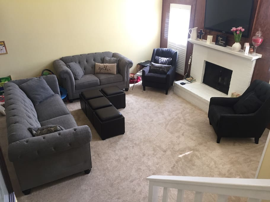 Living room, equipped with generous seating