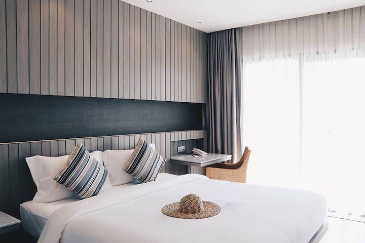 Stylish 1 Bedroom with balcony near Karon Beach