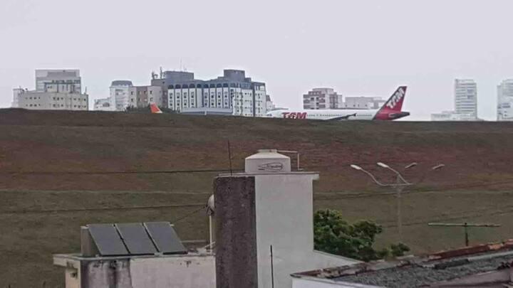 Aeroporto Congonhas 12 vagas... Hospital Cruz azul