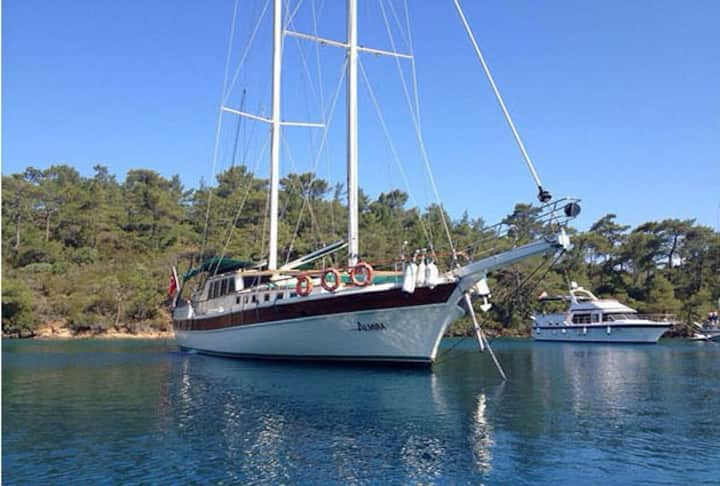 Almira is a standard gulet based in Bodrum.