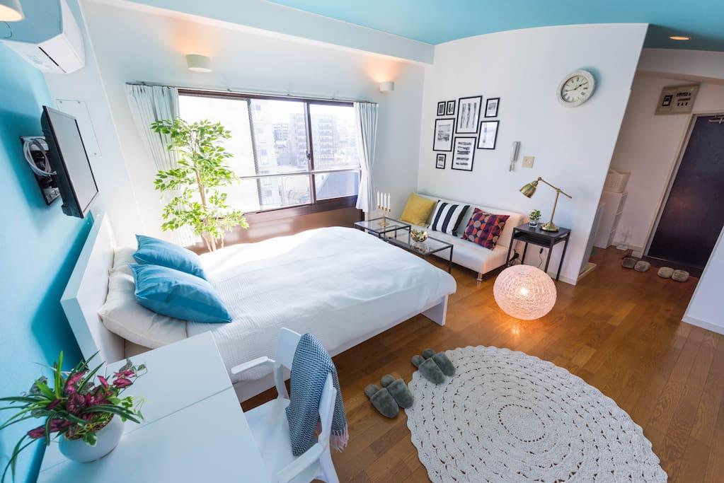 Beautiful and big room with comfortable bed! 漂亮的大房间,舒适的大床