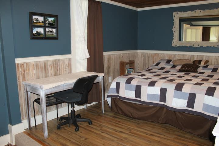 The Cozy Antique, Private Room Robertsdale, AL