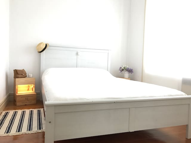SURF and the CITY - room 2 - Guesthouse Porto
