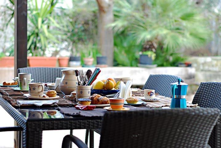 Relax tra il verde - Arnesano - Bed & Breakfast