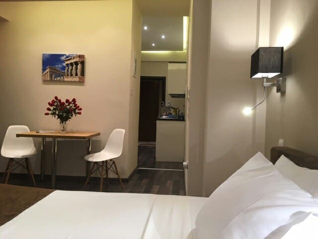 Athens Luxurious Suite 30