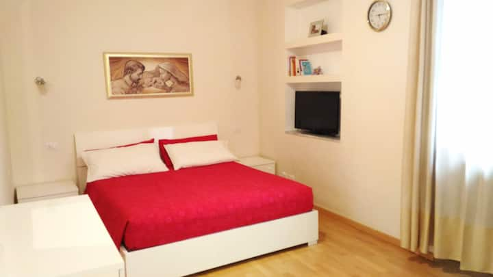 Amazing room in Magenta with all comforts