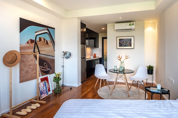 Welcome to Sóng Sánh Stay! The place is a fully-equipped apartment with a kitchen and a laptop-friendly workspace.