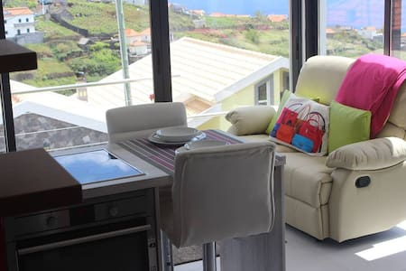 Casa Crystal Very beautiful and quiet place, Wi-FI - Lombo Do Doutor - Talo
