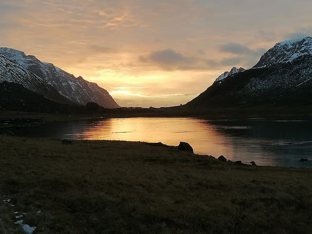 Apartment with a beautiful view in Lofoten
