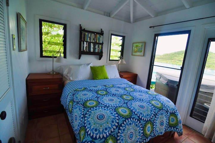 Tortuga Cottage