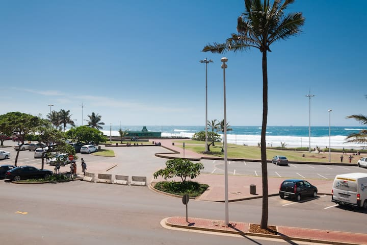 Front row beach apartment - Durban - Pis