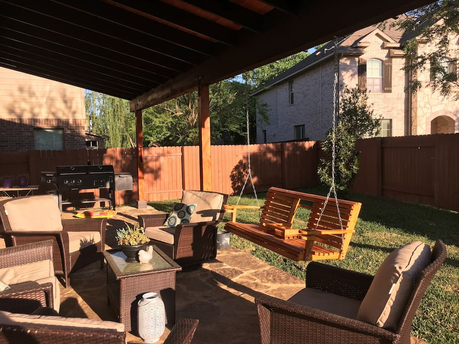 Beautiful new patio/patio furniture with large grill/smoker. Great for entertaining!