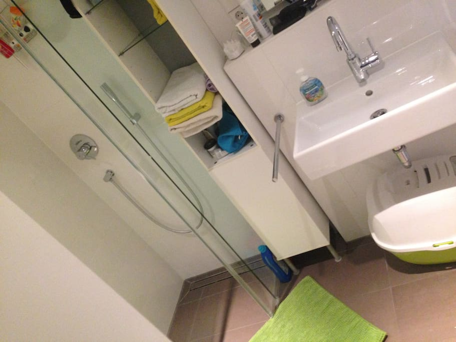 Dein/euer Bad_Your bathroom_Tuo/vostro bagno