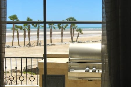 VIP Resort Beachfront Villa 741 - San Felipe - Villa