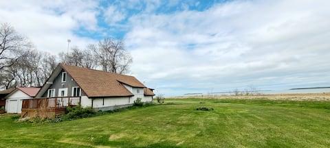 Paraiso Lakeview Cottage