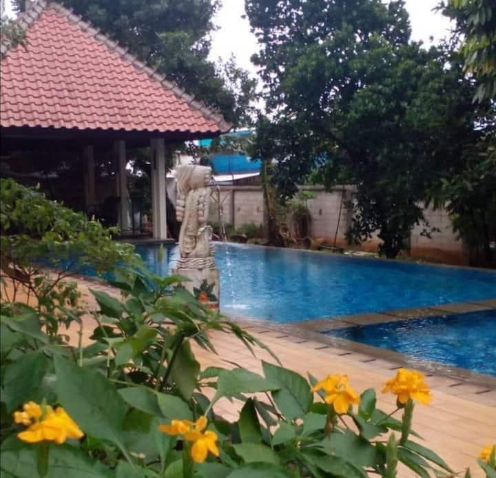 Vila Serambi17
