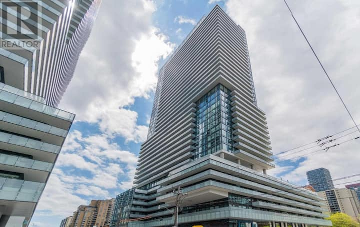 Cozy, fully furnished 1+1 condo Yonge & Eglinton