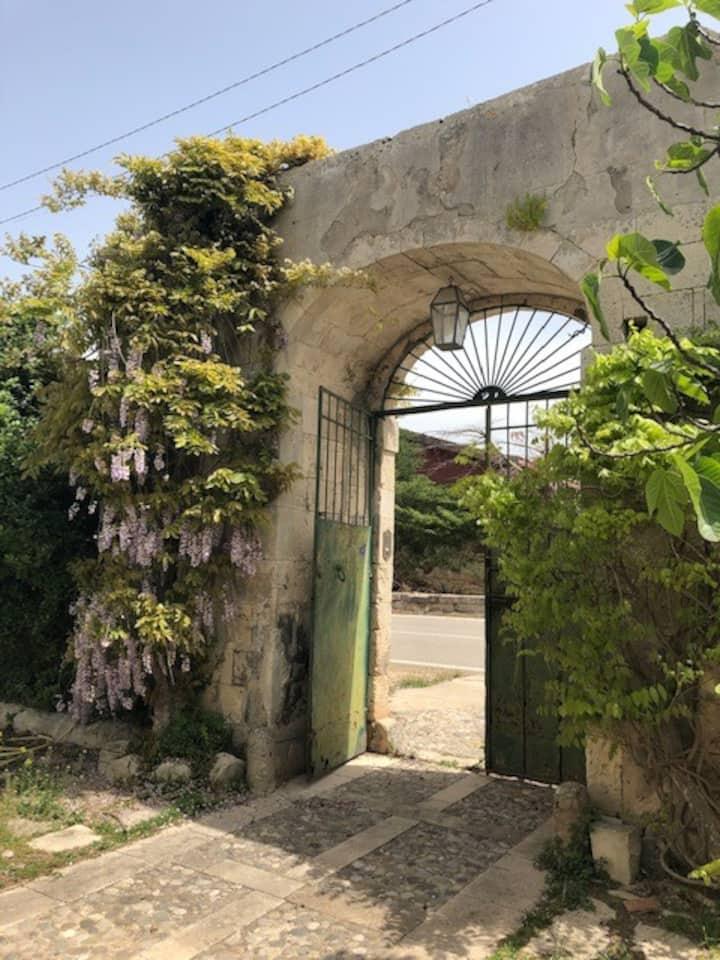 VillaVela Noto: a blast from the past!
