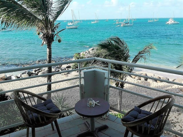 Superb apartment with sea panoramic view and pool - Marigot - Apartamento