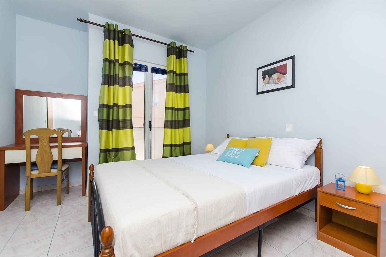 Bedroom Marital bed