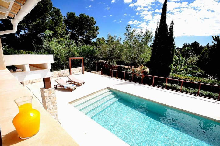 Hot offer Nice Family villa 5 min to the beach
